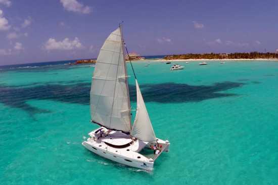 Isla Mujeres en Catamarán desde Playa del Carmen