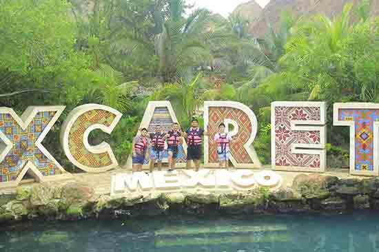 Xcaret Plus con Show de noche desde Cancún y Riviera Maya
