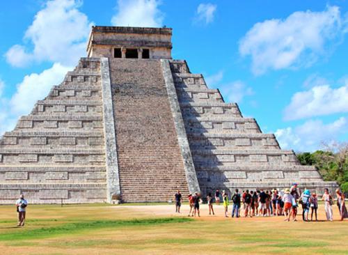 Chichen Itza Classic from Cancun