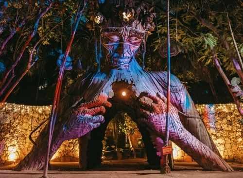 Tulum | 4 Cenotes | Estatua Madre Naturaleza