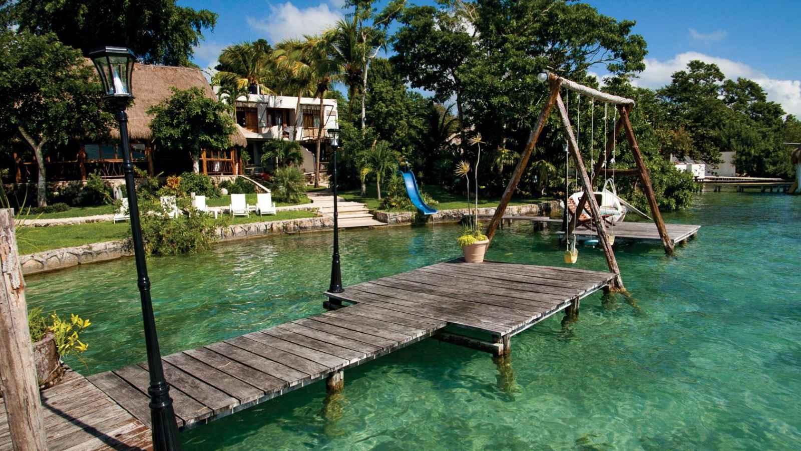 Paquete bacalar y mahahual 2018 rtc427180 for Hotel luxury en bacalar