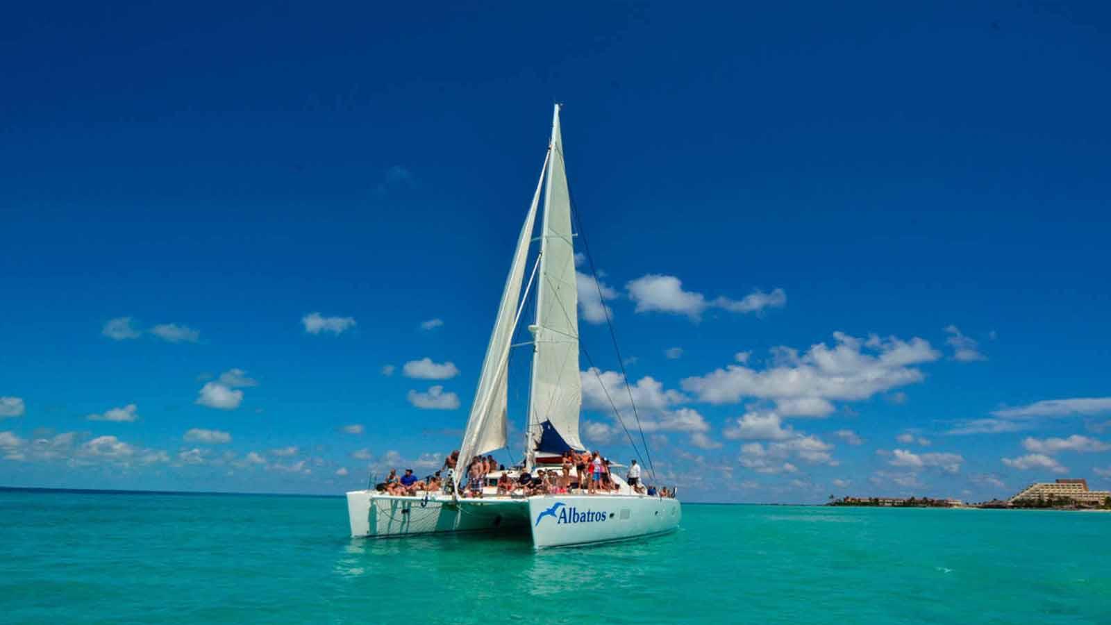 Isla Mujeres Premium &IN