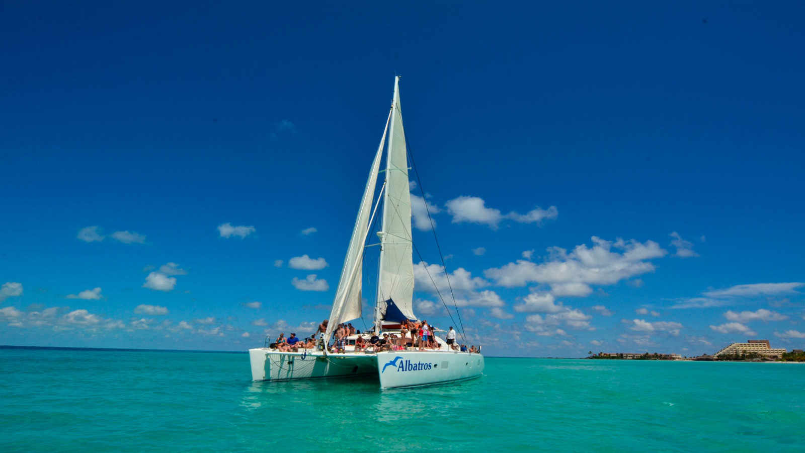 Tour Isla Mujeres Cancún en catamarán